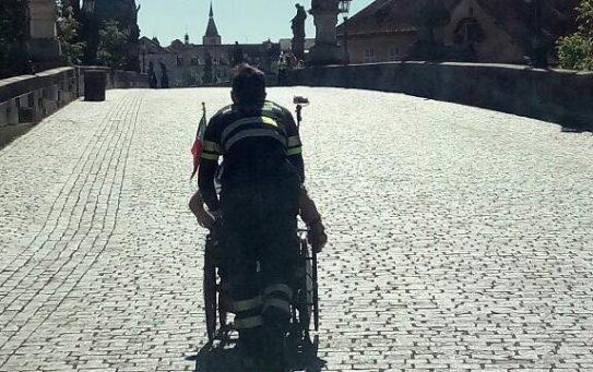 Během maratonu v Praze ošetřila záchranná služba 38 běžců